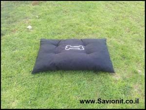 מיטה לכלב - קפיטונז' שחור